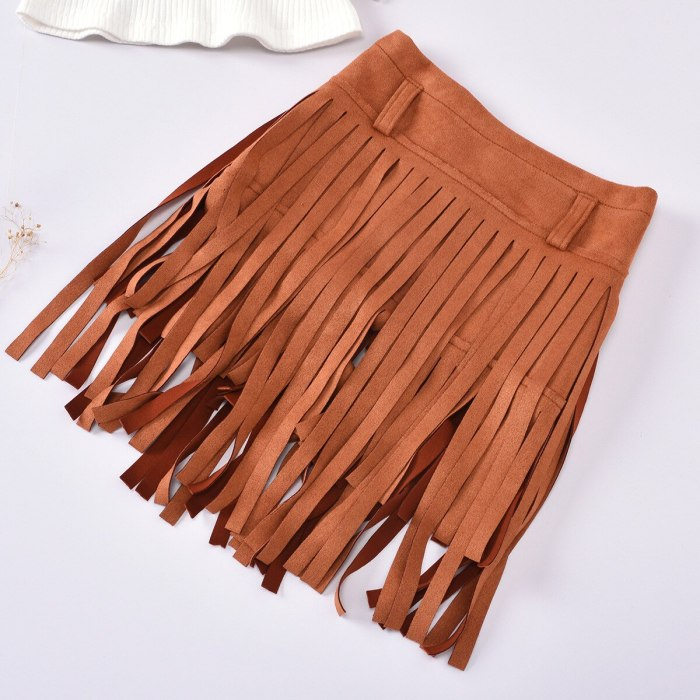 Girls White Crop Top Short Puff Sleeve And Tassel Skirt Toddlers  2 Piece Summer Set