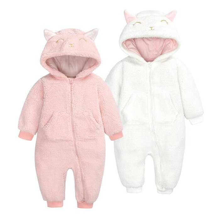 New Autumn Winter Thick Baby Hooded Jumpsuit Cute Cartoon Sheep Newborn Rompers Warm Baby Girls Clothes Winter Pajama Romper