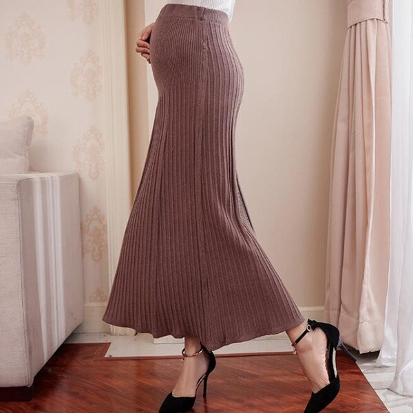 New Knitted Pregnancy Skirt Elastic Waist Belly Maternity Skirts Bottoms Pregnant Autumn Women Loose Pleats Charming Clothes