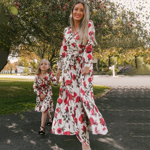 Family Matching Clothes Mother Daughter Dresses Women Floral Dress Kids Girl Long Sleeve Dress Mom Baby Girl Outfits