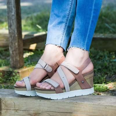 WAVEY in MID BROWN Wedge Sandals