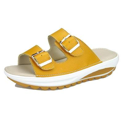 Buckle Women's Platform Beach Slippers