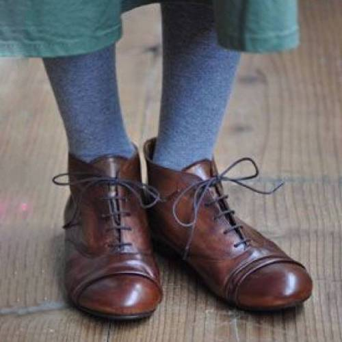 Retro Lace-Up Round Toe Shoes