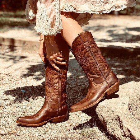 Texas Cowgirl Brown Boots
