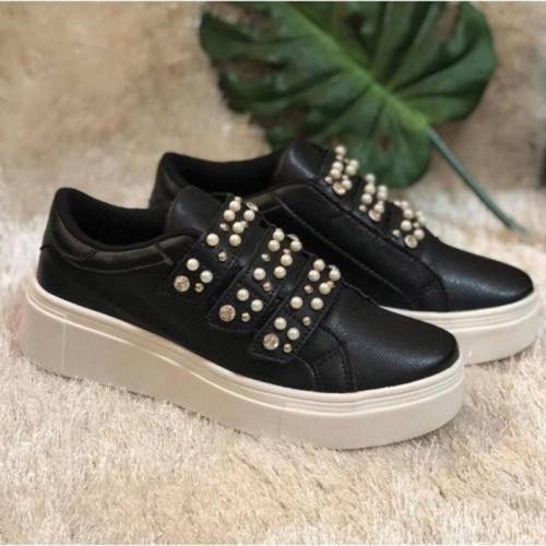 Woman Imitation Pearl Magic Tape Platform All Season Loafers Sneakers