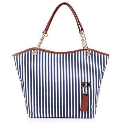 Single Back Chain Tassel Casual Bag