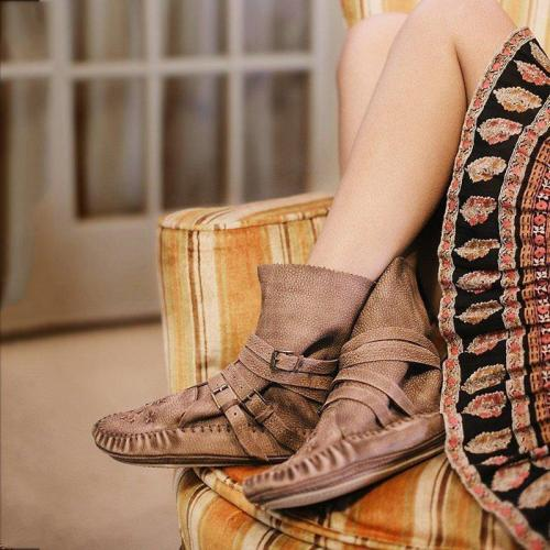 PU Leather Adjustable Buckle Boots Flat Heel Fashion Boots