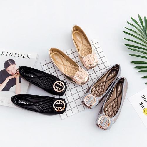 Women Fashion Flats Shoes Square Toe PU Leather Shoes Women Loafers Woman Ballet Flats Shoes Girls Cute Golden Shoe 42