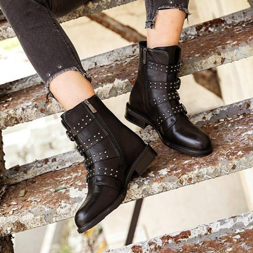 Metal Rivets Artificial Leather Chunky Heel Daily Chelsea Boots