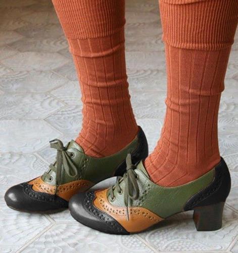 Women's elegant vintage oxford shoes