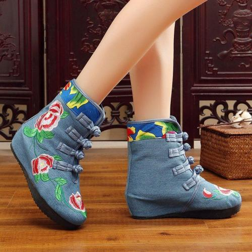 Women's Vintage Ethnic Embroidered Cotton Boots