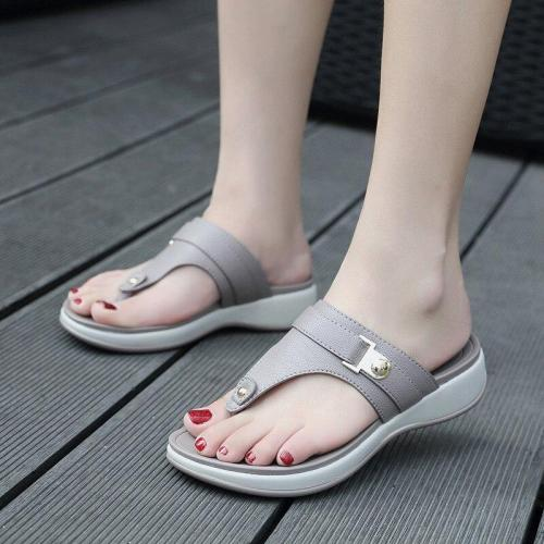 2020 Summer Women Slippers Flat Platform Shoes Flip Flops Ladies Beach Summer Women Shoes Women Wedge Slippers Plus Size 42 A911