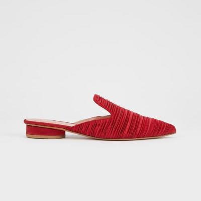Comfortable Low Heel With Pointed Toe