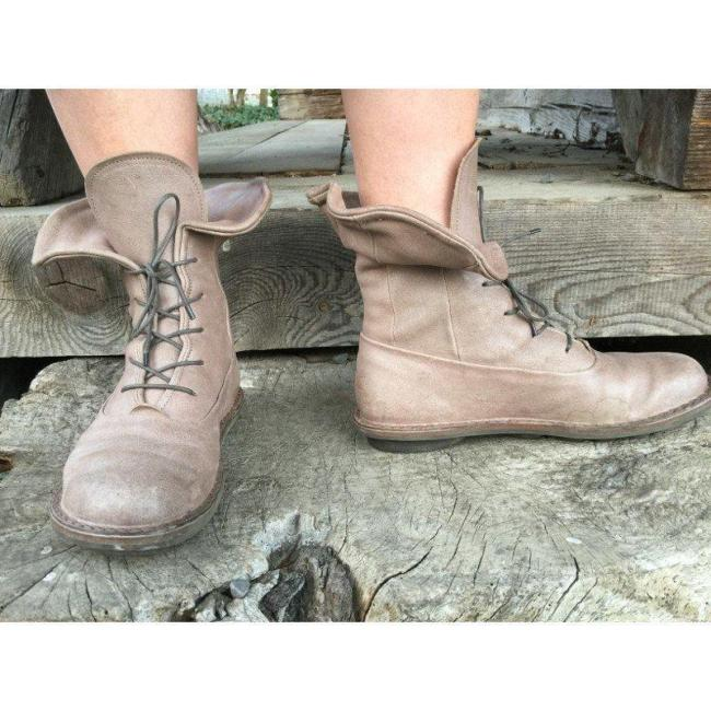 Vintage Style Lace Up Flat Spring Boots
