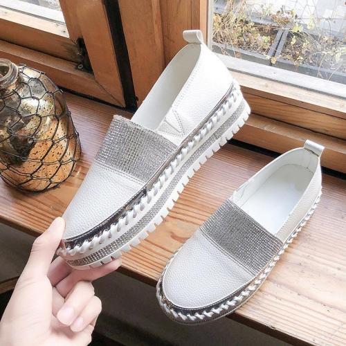 Women Spring Flat Shoes Flock Slip On Ladies Loafers Patchwork Crystal Platform PU Fashion Woman Casual Moccasins Female Shoes
