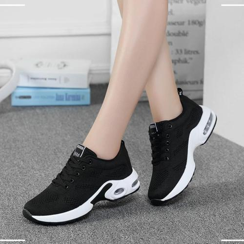 Autumn Spring Sneakers Women Vulcanize Shoes Plus Size Lace-up Women Casual Shoes Breathable Female Shoes Zapatos Mujer VT623