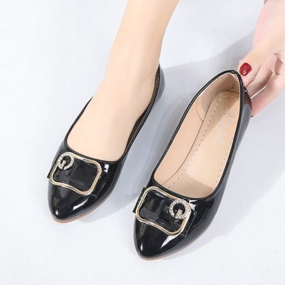 Shoes Women Flats 2019 Crystal Pointed Toe Loafers Women Flat Shoes Casual Slip On Boat Shoes Comfortable Flats