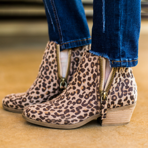 Plus Size Leopard Suede Chunky Heel Ankle Boots