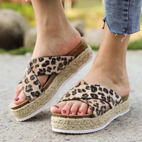 Women Platform Sandals 2019 Summer Shoes Woman Outdoor Sandals Thick Mid-heel Soft Bottom Comfortable Sandals Sandalias Shoes