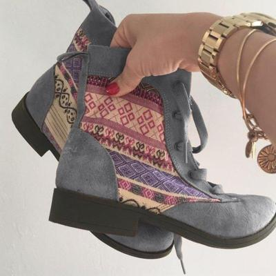 Low Heel Casual Split Joint Boots