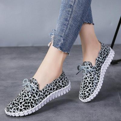 Women Spring Flat Shoes Casual Print Slip On Comfort Woman Vulcanized Shoes Soft Breathable Ladies Working Shoes Female Footwear