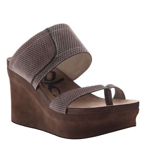 BROOKFIELD in PEWTER MESH Wedge Sandals