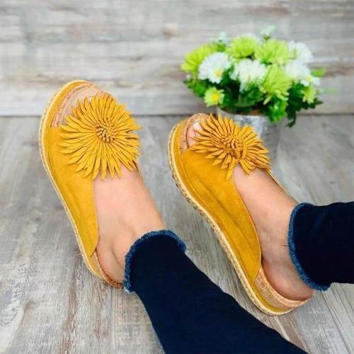 Women Elegant Flower Slip On Sandals