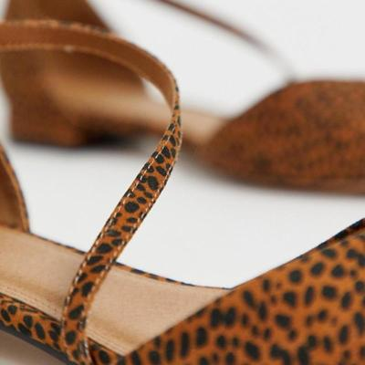Fashion Casual Leopard Print Gladiator Sandals Pointed Toes Flats