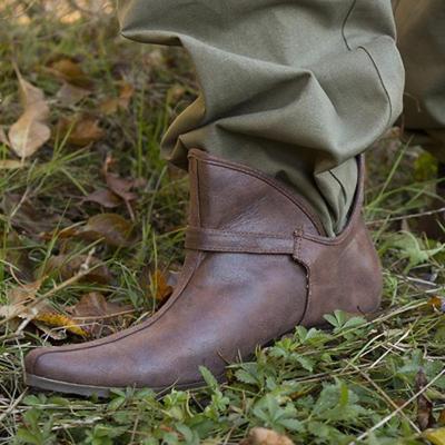 Plus Size Side Cut Flat Heel Ankle Booties