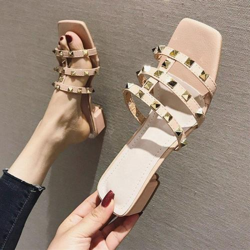 2019 Summer Shoes Women Sandals Rivets Casual Summer Holiday Shoes Sexy Ladies Low Heels Sandals A1382