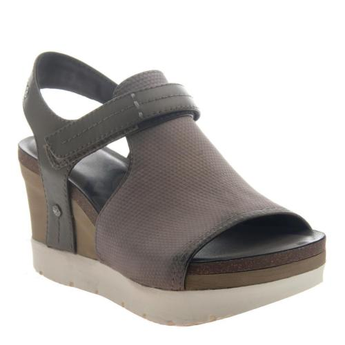 WAYPOINT in CACAO Wedge Sandals