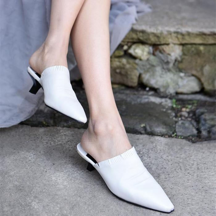 Square Head Low Heel Wears Sandals And Slippers
