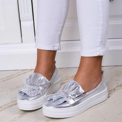 Plus Size Ruffles Sneakers Athletic Slip On Loafers