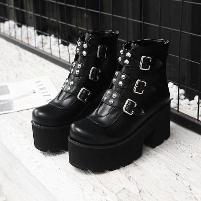 Women Shoes Rivets Buckle Autumn and Winter Platform Short Boots