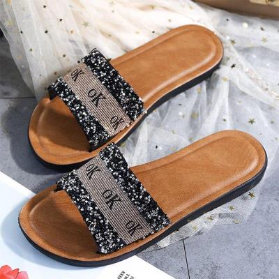 Women Summer Casual Slipper Ladies Sequins Outdoor Fashion Flat Sandals Woman Bling Non Slip Slippers Female Shoes 2020 New
