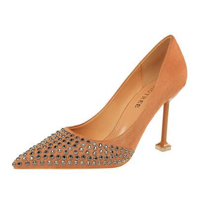Women Wedding Shoes High Heels Metal Rivet Rhinestone Classic Pumps Female Shoes Women Pumps Pointed Ladies Shoes G0184