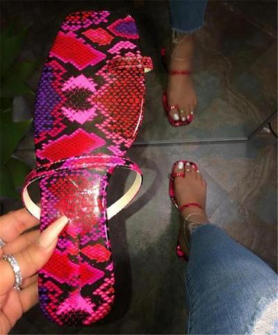 Flat Sandals Women 2020 Summer Clip Toe Silppers Casual Snake Print Flip Flops Home Shoes Female Outdoor Flat Heel Beach Sandals
