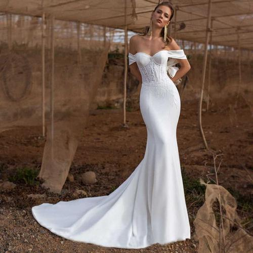 Eightree Simlple Satin Mermaid Wedding Dress Strapless Vestido de noiva Appliques Bridal Gowns Backless Trumpet Wedding Dresses