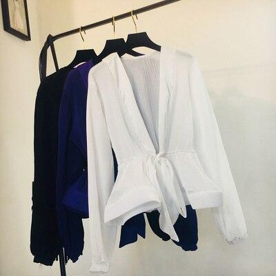 2020 Fashion Streetwear Autumn New Solid Bandage Chiffon Blouse Puff Sleeve V-neck Short Women Tops Pleated Lace Up Blusas