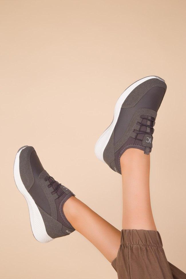 SOHO Black-Orange Women Sneaker 15226