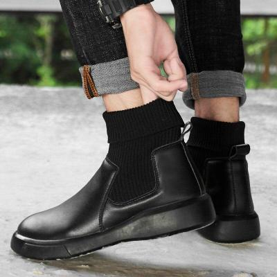2020 winter genuine leather casual boots men's fashion wild trend winter Sock mouth shoes Plush Warm Men's Anti-skiing Boots