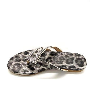 Women Flat Flip Flops Crystal Colorful Casual Slippers Leopard Ladies Summer Beach Sandals Female Woman Slides Plus Size Shoes