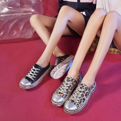 Women sneakers Sexy Leopard Print Fashion Rivets Women Canvas Shoes Korean Leisure Lace-Up Low High Top Sneakers basket Femme