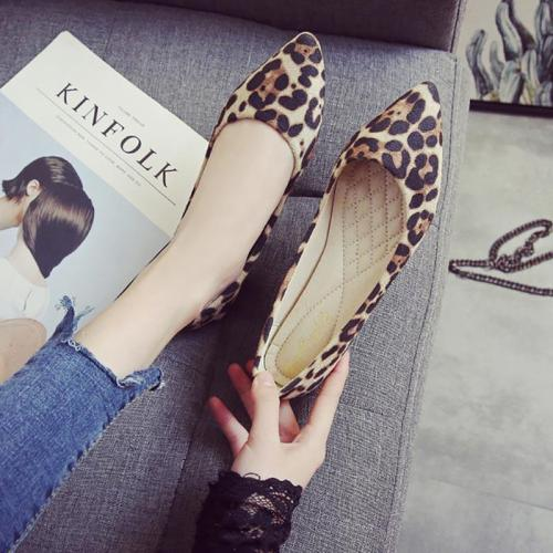 Sneakers women shoes 2020 fashion pointed toe shoes women flat leopard comfortable casual ladies shoes flats slip on shoes woman