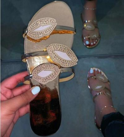 Women Summer Slippers Casual Bottom Durable Flat Sandals New Fashion Lips Rhinestone Bright  Home Slippers Outdor Beach Slippers