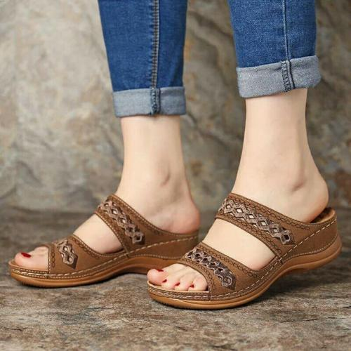 Dropship Women's Summer Open Toe Comfy Sandals Super Soft Premium Orthopedic Low Heels Walking Sandals Corrector Cusion