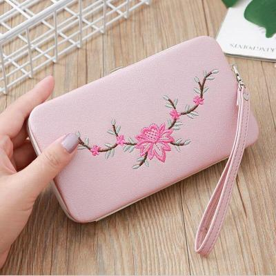 2020 New Women's Wallet Fashion Retro Embroidery Handmade Long-style Women's Wallet Mobile