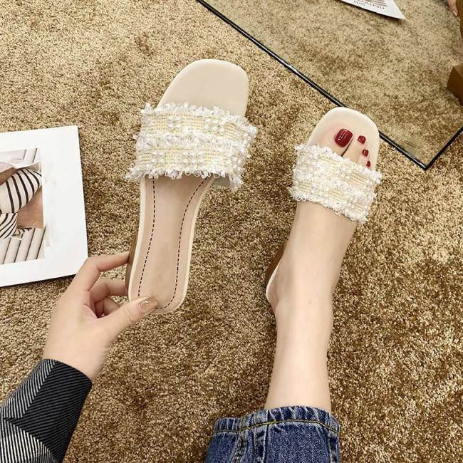 Hot Sale Women Slippers Summer Ladies Beach Sandals Woman Pearl Fashion Slippers Low Heel Female Slip On Fashion Outside Shoes
