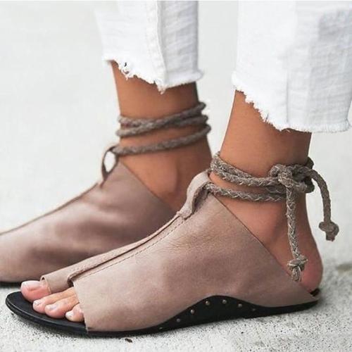 Women Sandals Soft Leather Summer Shoes Women Flat Sandals 2019 Romen Style Beach Sanfals Chaussures Femme Casual Flip Flops 43