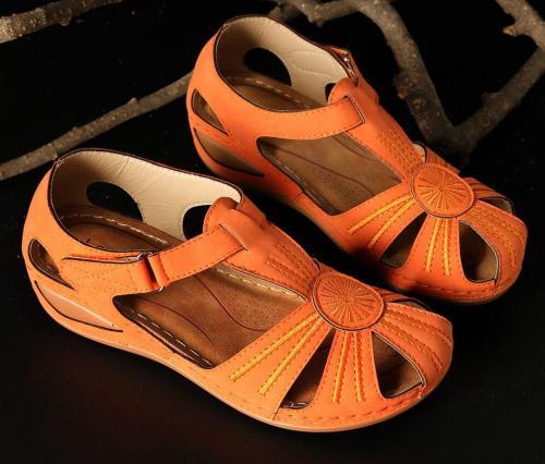 Platform Sandals Women  Summer Hollow Out Summer Handmade Platform Ladies Shoes Women Retro Style Soft Bottom Mother Shoes